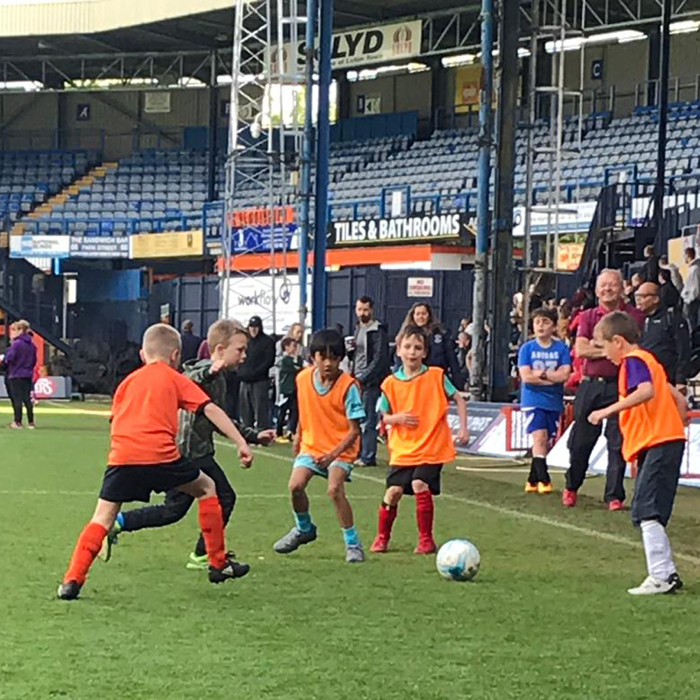 Scouts take over Kenilworth Road